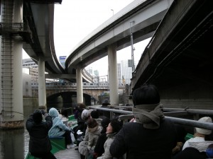 東京-神田・常磐線をくぐる