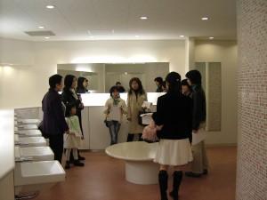 探検ポイント-学食トイレ