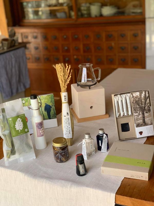 石川うまれの商品のパッケージやロゴなどキッチンからデザインの仕事。